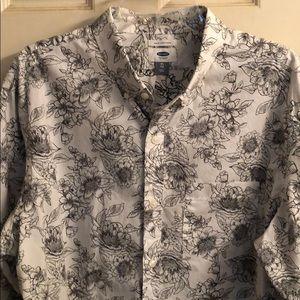 Men's Old Navy Floral Long sleeve shirt